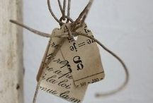 Etiquettes et petits papiers