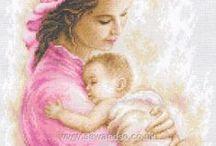 Bébé e mãe.