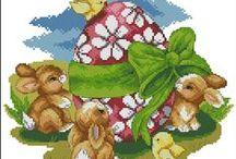 Coelhos e ovos  da Páscoa.