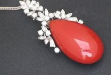 Coral jewels /  If you are looking for some special coral jewels you are in the right place. In this board you will find not just jewels but a lot of little coral masterpieces.