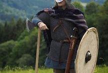 Costume militaire Viking / Inspiration de reconstitution du costume militaire viking, armes, armures, casques, boucliers et autres ...