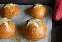 Knead to Bake - Yeast, Doughs, Rolls, Etc / by Danielle Villagomez