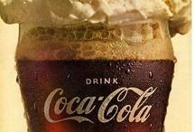 AF's Coca-Cola / A água recriada em preto.
