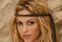 AF's Shakira / Um símbolo sexual que o Mundo reconheceu na África e eu também. ( 02.2014 )