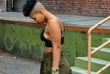 .THE LOOK / Style is definition of fashion