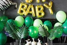 Baby Shower Jungle / Safari Theme Inspirations / Jungle Baby Shower Theme ideas! Jungle Party cake ideas, Jungle dessert table, Jungle Party decorations and supplies, Invitations and Favors for a memorable Jungle baby shower party, games, FREE party printables @ www.babyshowerideas4U.com