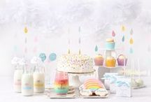 Baby Shower Rain Umbrella Theme Inspirations / Rain Umbrella Baby ShowerTheme ideas! Umbrella Party cake ideas, Umbrella dessert table, Umbrealla Party decorations and supplies, Invitations and Favors for a memorable Umbrella baby shower party, games, FREE party printables @ www.babyshowerideas4U.com