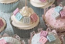 Sweets & Treats / Sweet & Treat Inspirations for a Memorable Party ♥ cupcakes, cake pops, cakes, meringues, candy, truffles, brownies, macarons and all other sugars ♥