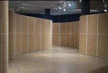 Bøjelig MDF til ARoS / Keflico A/S fik i foråret 2014 en særligt spændende og anderledes forespørgsel fra ARoS Aarhus Kunstmuseum i Aarhus. De skulle bruge en større mængde MDF til en særudstilling med billedkunstneren Michael Kvium.