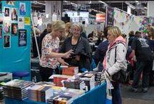 Böcker av och med medlemmarna i föreningen Egenutgivarna / Egenutgivarna är föreningen för dig som ger ut böcker själv och vill byta böcker och tips med kollegor. I den här gemensamma boarden pinnar vi föreningens medlemmar och deras böcker - vilket gör det lättare att hitta varandras böcker.