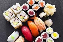 Asiatische Küche / Ob mit Stäbchen oder Gabel, aus dem Wok oder gedämpft – wir lieben chinesische, indische oder Thai-Gerichte: Currys, Rezepte mit Kokosmilch, Reis und exotischen Zutaten. Lasst euch inspirieren!
