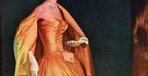 DRESSES - ROBES