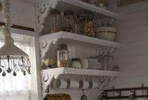 Kauniisti keittiössä
