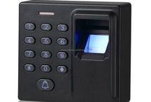 Elektronik (parmak izli, kartlı, şifreli, kumandalı) giriş (geçiş) sistemleri (kilitleri) / Kale Kilit bayisi ve Marelli distribütörü firmamızda elektronik sistemler : https://www.hirdavatfirsati.com/c-183-Elektronik-kapi-kilitleri.html
