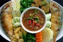 Thai Cuisine / Savour the deliciousness of Thai spices and flavor. / by Meaow \(¥__¥)/\(@__@)/~**Hi