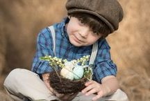 Easter photography / Easter photography ideas for kids and family. Photo ideas of kids with easter bunnies and easter eggs.