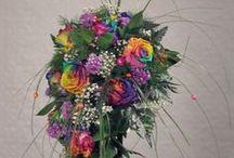 Lekker fel! / Het voordeel van zijden bloemen is, dat de bloemen in veel verschillende kleuren en vormen voorkomen en daarnaast vrijwel alles mogelijk is.