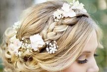 Wedding Hair Inspiration / Wedding hair for bride or bridesmaids. Rustic natural and wavy inspiration flowers. Hairstyles to trial with your hairdresser.