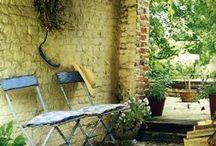 Cours & Vérandas / Serres, vérandas, pergolas, terrasses, patios, cours, balcons, solarium, outdoors...
