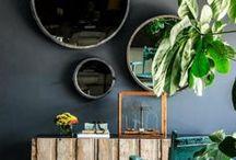 Espaces de vie / séjour, cuisine, espaces repas, décoration intérieure éclectique, cocooning, espaces lumineux et verdoyants, style artiste...