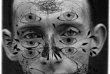 Masques & Visages étranges / têtes : masques, casques, tatouages, maquillages...yeux, bouches, nez...