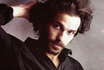 Santiago Cabrera/The Musketeers / Santiago Cabrera