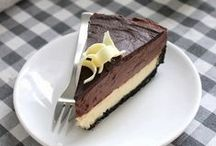 Cakes / I love anything chocolate or cheesecake!