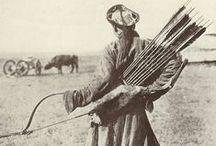 Bow and arrow - 18-21 stor. relikvie / relikvie lukostreľby, domorodci a tí ktorých zastihol pokrok s lukom v ruke