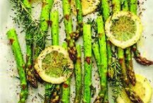 Foods/Recipes to Try / by Christy Fuller