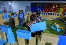 Programele IKEDOO 6-12 ani / Cursurile noastre interactive dedicate copiilor de 6-12 ani sunt menite să dezvolte abilități esențiale în secolul XXI: gândire critică, creativitate și inovație, comunicare și colaborare, gândire interdisciplinară