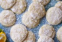 Cookie Recipes / No one can resist cookies. Our go-to recipes for everything from classic chocolate chip to crazy coconut-cacao, plus the best vegan cookie recipes!