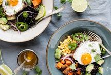 Vegetarian Breakfast Recipes / Start the day the right way—with these satisfying vegetarian and vegan recipes that'll keep you full 'til lunch.