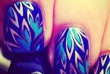 nails / by Céline Sablon