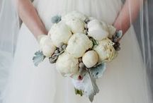 Florists Hudson Valley Wedding / Find the right Hudson Valley florist to fit any bride's wedding style.
