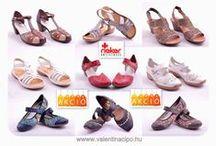 """Rieker női nyári cipők a Valentina Cipőboltokban & Webáruházban / A Rieker cipők minden korosztály által keresett, hétköznapi viseletre szolgáló lábbelik. Ami igazán különleges a Rieker cipőkben, az a kényelem. A folyamatos fejlesztések eredményeként a cég által gyártott cipők mindegyike rendelkezik az úgynevezett """"ANTISTRESS"""" tulajdonságokkal. Valentina Cipőboltokban & Webáruházunkban további Rieker cipőkből válogathat!   www.valentinacipo.hu"""