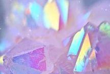 ✧ iridescence ✧
