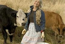 Farm Girl~Mary Jane Butters