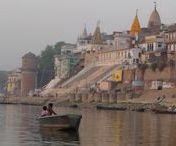 Varanasi / Reise Report / Benares, Varanasi die heilige Stadt am Ganges, Yogis und Sadhus und der Blue Lassi Stand