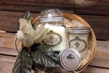 Magnolia / Amy's Country Candles® Magnolia™ will flood your senses with a bouquet of freshly picked Louisiana sweet Magnolias. A Heavenly treat for your relaxation enjoyment!