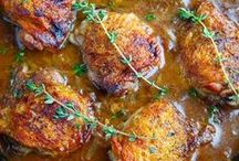 Chicken Recipes / Chicken recipes for dinner, including healthy and easy options for baked chicken, roast chicken, grilled chicken and crockpot chicken, as well as low-cal Slimming World and Weight Watchers chicken recipes.