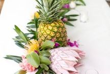 Tropical Wedding Inspo / Palm Trees and Prosecco