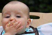 Cura del Bambino / Tanti accessori sani, utili e naturali per la cura del bambino: la dentizione, la nanna, la pappa, il bagno, le uscite fuori casa. Per prendersi cura di lui naturalmente.