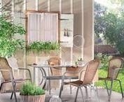 Življenje je zunaj – vrtno pohištvo / Opremite teraso ali balkon z našo ponudbo in ustvarite svoj zeleni raj.