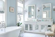 TrendHunting #53 · Blue Bathrooms