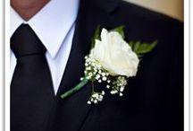 Flowers: Boutonnière - Ideas for the groom / #weddings #indianwedding #indianweddings #sjsevents #sonaljshah #sonaljshahevents www.sjsevents.com #SJSevents  #wedding #weddings  #indianwedding #indianweddings #groom #grooms #bride #brides  #indianbride #indianbrides #bridal #bridals #indianbridal #indianbridal #flower #flowers #boutonniere #boutonnieres #flowerboutonniere #flowerboutonieres
