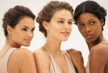 Dziewczyny MNY / Poznaj niezwykły świat ambasadorek Maybelline New York! Światowe wybiegi, sesje zdjęciowe i naturalny look na co dzień :)