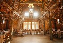 barn wedding / Step away from the traditional with a barn wedding. Go simple or extravagant, always keep your dream wedding style. We love the rustic, yet elegant feeling of a barn wedding.