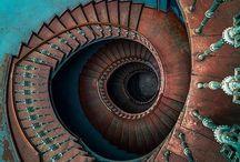 Espirales / Una parte constitutiva de la psique humana. Quién sabe por qué.