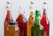 Kombucha / Get your booch on with delicious kombucha! This fermented tea is full of good bacteria and super good for gut health.