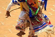 Cultura hispana / Aquí voy poniendo tanto vídeos como escritos sobre diferentes esferas culturales: idioma, costumbres, fiestas, tradiciones, historia, geografía, pintura. literatura, baile, ropa, comida etc.